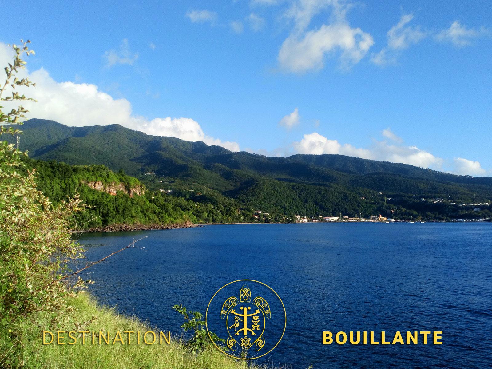 Vue sur la baie de Bouillante depuis Machette