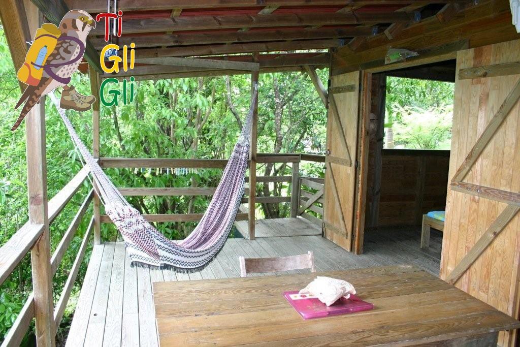 Ti Gligli - Terrasse avec hamac de bungalow
