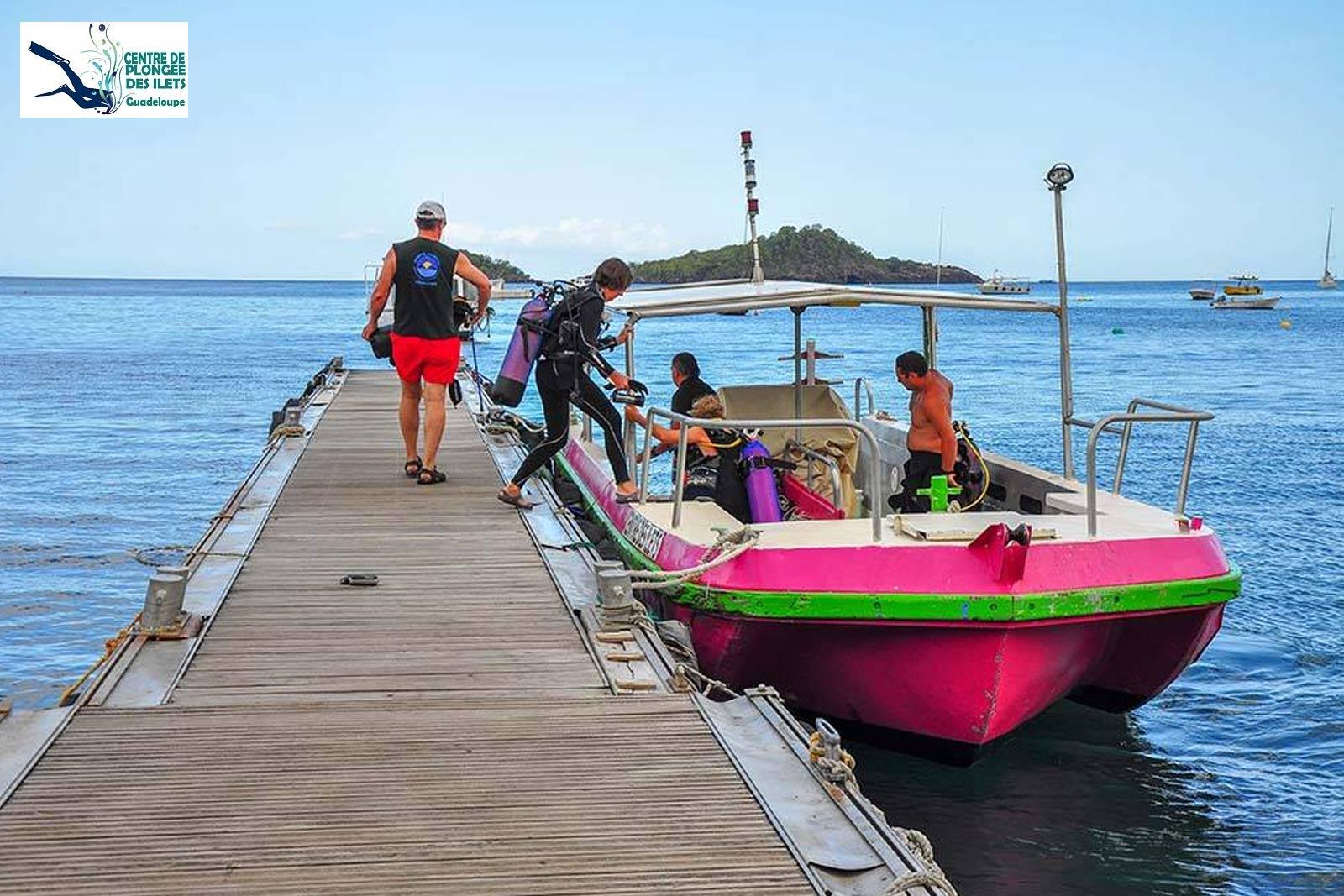 Centre de plongée des Ilets - Le bateau