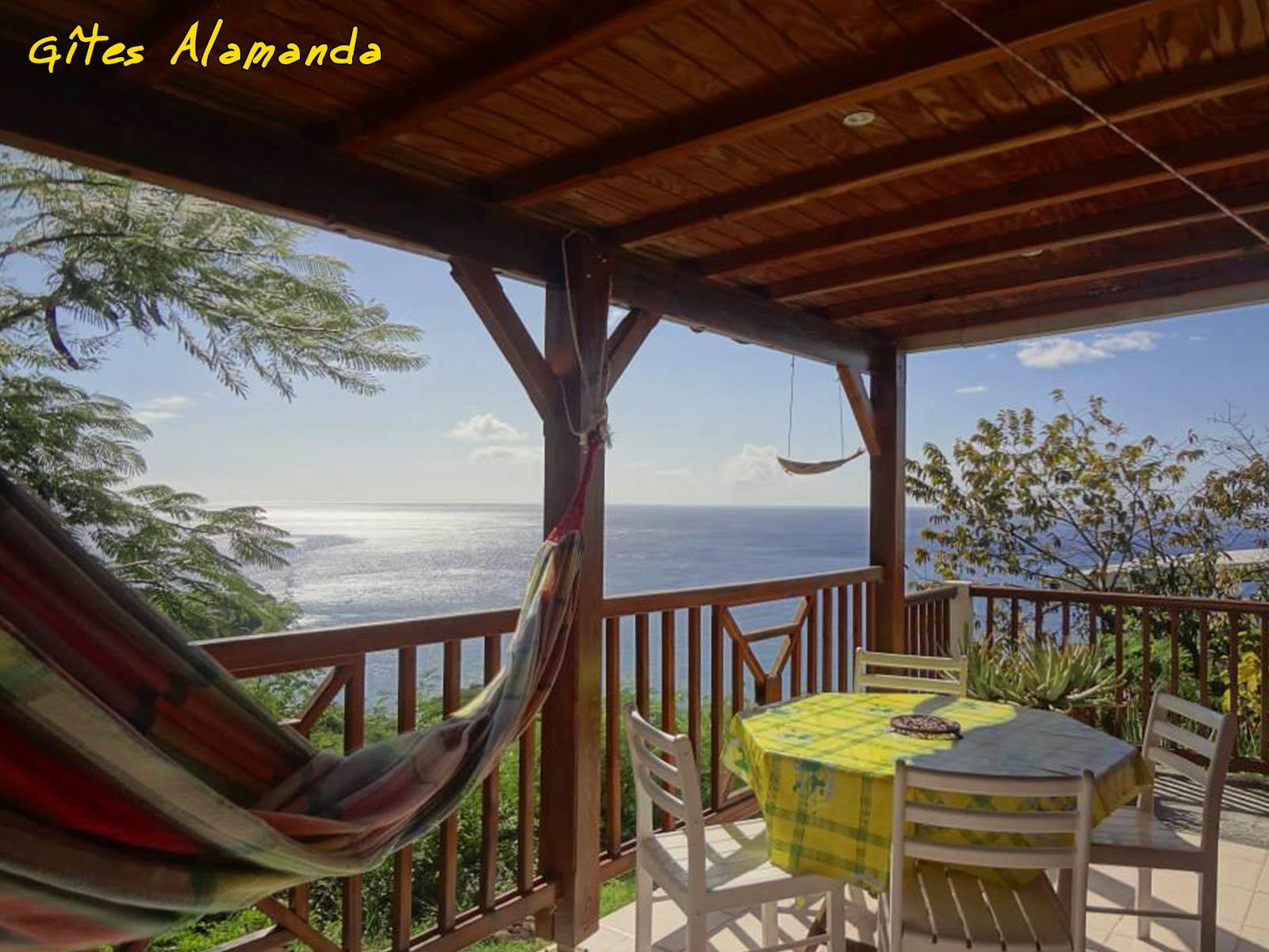 Gîte Alamanda - Terrasse vue mer
